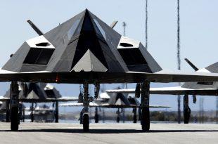 Video of Lockheed F-117 Nighthawk Crash