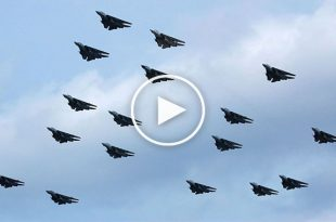 22 F-14 Tomcat impressive last formation flying - Saying Goodbye