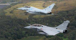 Eurofighter Typhoon vs Dassault Rafale Fighter jets comparison Video