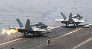 When a F-18 crashed into Sea due to Arresting cable break - 7 Injured