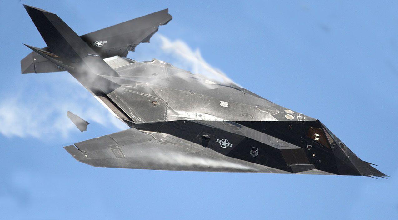 Video of Lockheed F-117 Nighthawk Crash at Chesapeake Air Show