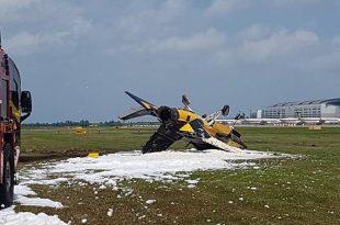 Korean Airforce plane ( Black Eagle T-50B ) crashed at Singapore Airshow 1