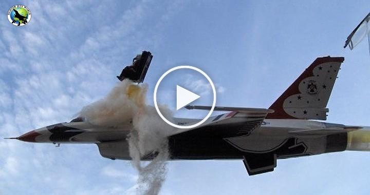 Videos of Thunderbird F-16 fighter jet Crash at Airshows 1