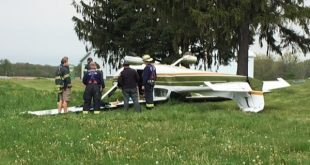 Cirrus SR22 airplane crash near a neighborhood west of Parker in Douglas County, One Killed