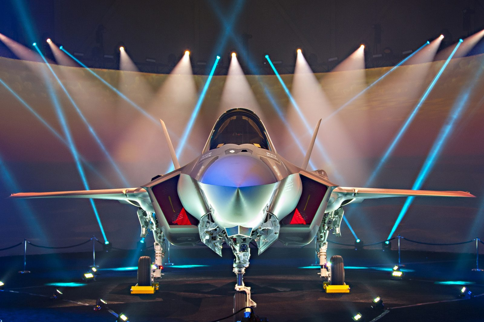 First F-35 fighter jets delivered to Turkey