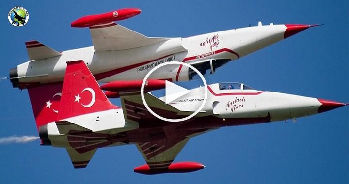Türk Yıldızları-Turkish Stars in action 1