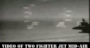 Video of Two fighter jet Mid-air collision into each other