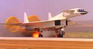 Shocking Footage of XB-70 Valkyrie Mach 3 Bomber Emergency Landing at Edwards Air Force Base