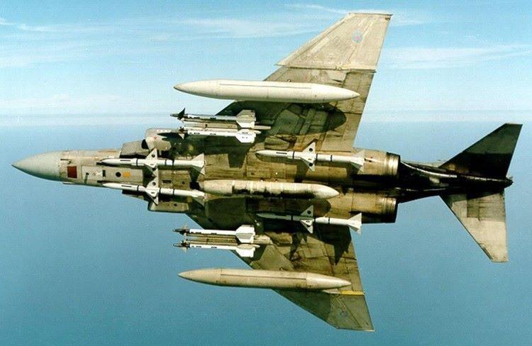 F-4J Phantom vs MiG-17 DOGFIGHT 1