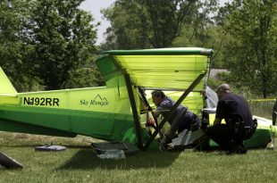 Aeros Skyranger crash west of Huron County Memorial Airport, Pilot Dead