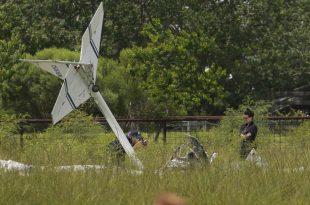 Kolb Twinstar II experimental aircraft crashes near La Porte airport - 2 killed