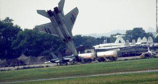 Mig-29 Crash 1989 Paris Airshow - Pilot Ejected Two Seconds Before Crash