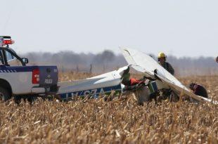 Cessna 150M plane crash near Lozada, Córdoba, Argentina, 2 dead