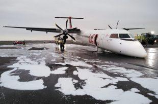 Watch: LC Peru de Havilland Canada DHC-8-402Q Dash 8 nose gear landing