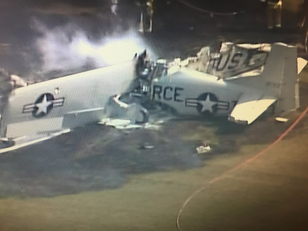 Historic plane North American T-28B Trojan crashed near Anoka County–Blaine Airport
