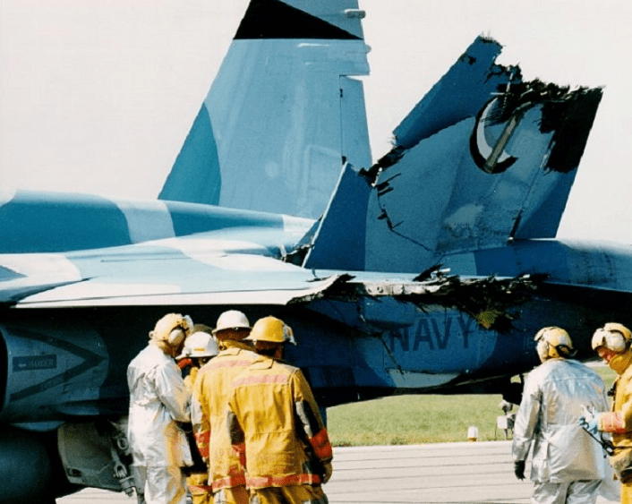 Hornet-midair-collision2