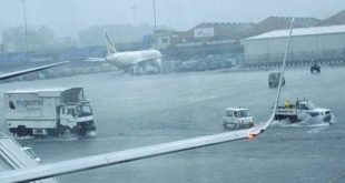 Stunning Video of Mumbai Airport During yesterday Rain