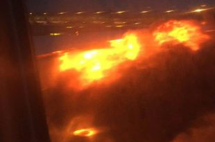 Singapore Airlines Flight 368 bursting into flames