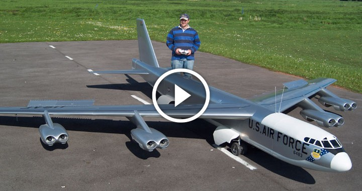 Gigantic B-52 Stratofortress RC SCALE MODEL Airplane flight