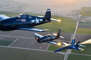 Blue Angels Heritage Flight - F6F Hellcat, F8F Bearcat & F-18 Hornet