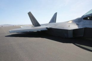 F-22 Raptor pilots are taking off using an incorrect technique