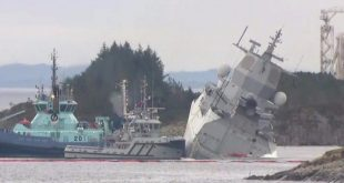 Norwegian frigate sinking after oil tanker collision