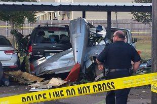2 dead in North American P-51D Mustang crash in Fredericksburg