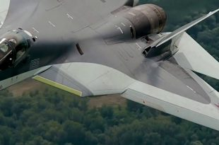 Watch Russia's Su-57 wing breaks offfrom the rest ofthe air-frame