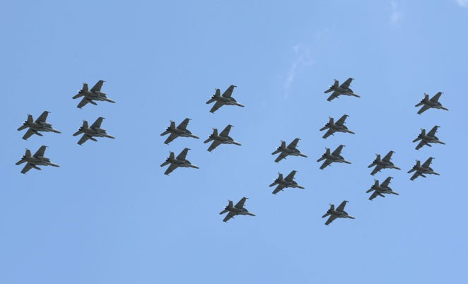 Videos Of 21 Navy F/A-18 Hornets Jet Largest Ever Missing Man Formation For Bush's Funeral