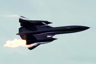 The Story Of SR-71 Blackbird Creating Fireballs During Air Fete Air show 1986