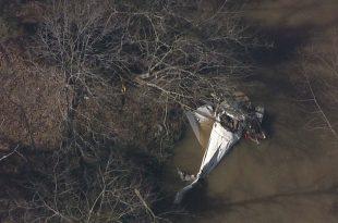 Cessna 182S Skylane crashed in Franklin County pond, 3 Dead
