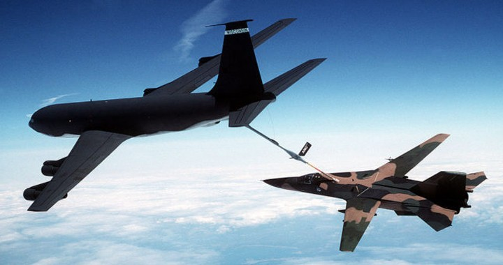 How a KC-135 TANKER saved a BADLY DAMAGED F-111 by towing jet using flying boom