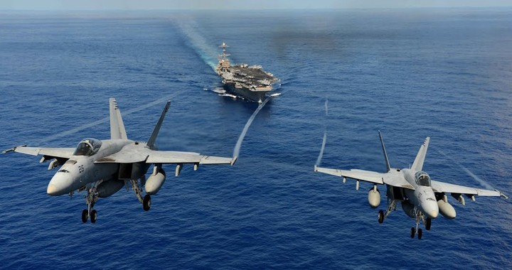The Difference Between F/A-18 Hornet and F/A-18 Super Hornet