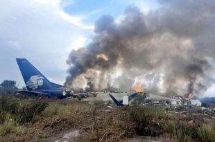 'No survivors' after Canadair corporate jet crashes in Mexico