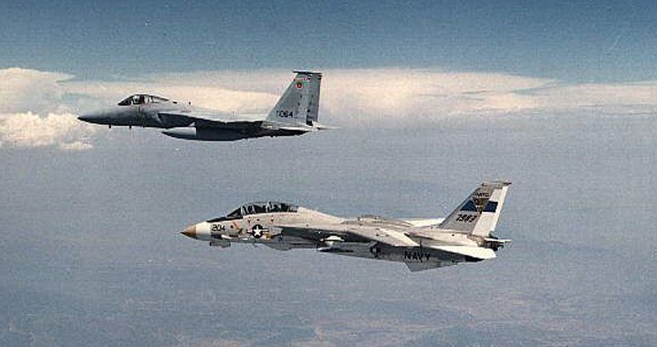 F-14 Vs F-15: The Aircrew's Perspective on Tomcat vs Eagle