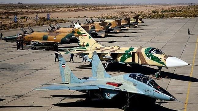 Can Old Iran Air Force tackle an attack from U.S. Aircraft carrier and bomber