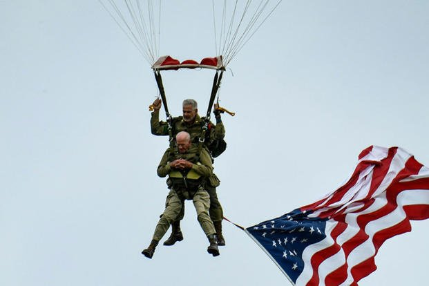 97 Year Old WWII Veteran Jumps From Plane Again to mark 75th D-Day Anniversary