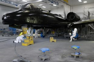 Warthog Pit Stop: See USAF A-10 Thunderbolt II Undergoing Maintenance