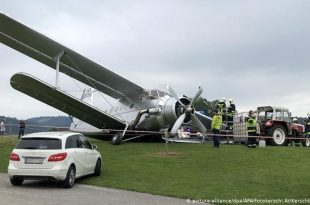 World's largest Antonov An-2T biplane crashes in Austria (Photo & Videos)