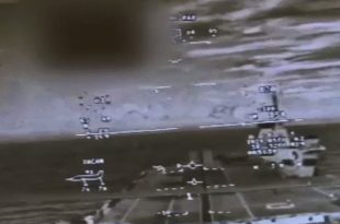 F-35 Helmet Mounted Display Video of a SRVL Approach on the HMS Queen Elizabeth