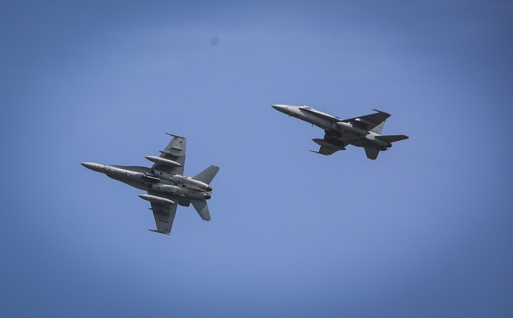 F/A-18 Super Hornet Fuel Tank Valve Prices Double After Company Was Sold