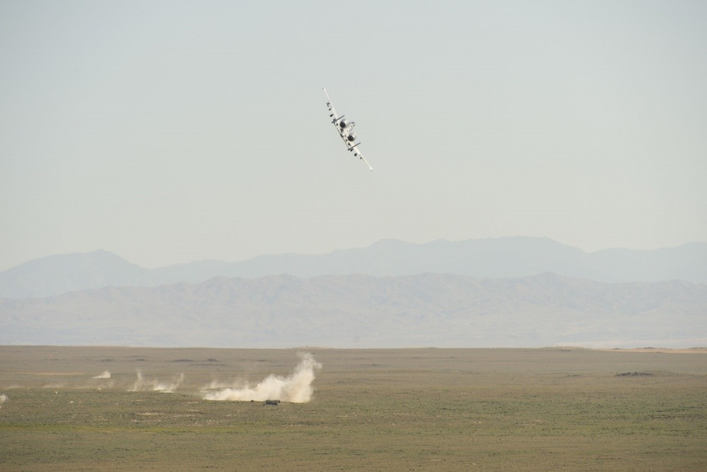 U.S. Air Force A-10 Thunderbolt accidentally fired off a M-156 rocket into Arizona desert