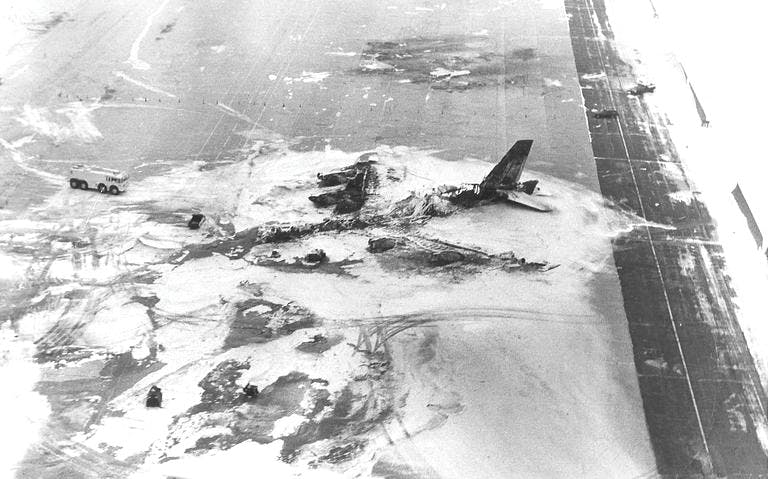 The Story Of B-52H Bomber That Burned For Hours Carrying 12 Nuclear Bombs
