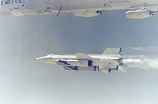 North American X-15: The Fasted Manned Aircraft Ever That Hit Mach 6.7