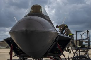 USAF F-22 Raptor Engines Can Be Repaired With Handful Of Basic Tools