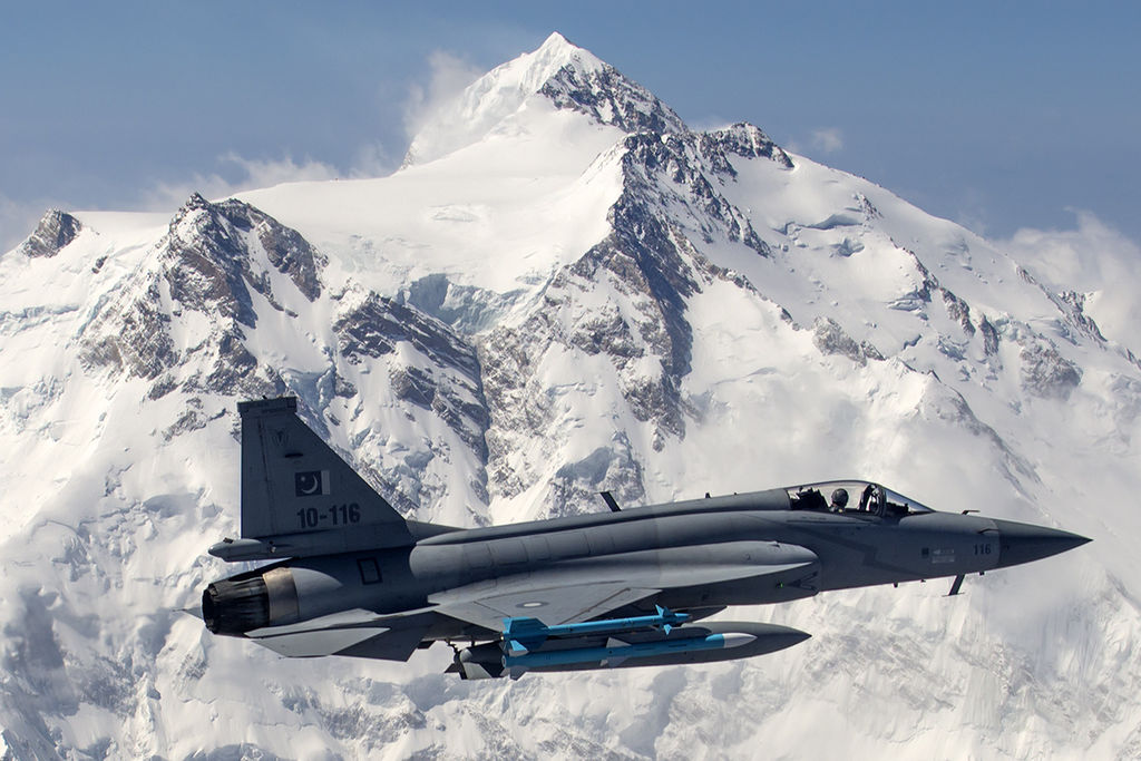 Pakistan Plans To Hit $1 Billion Defence Exports With JF-17 Thunder Fighter Jet