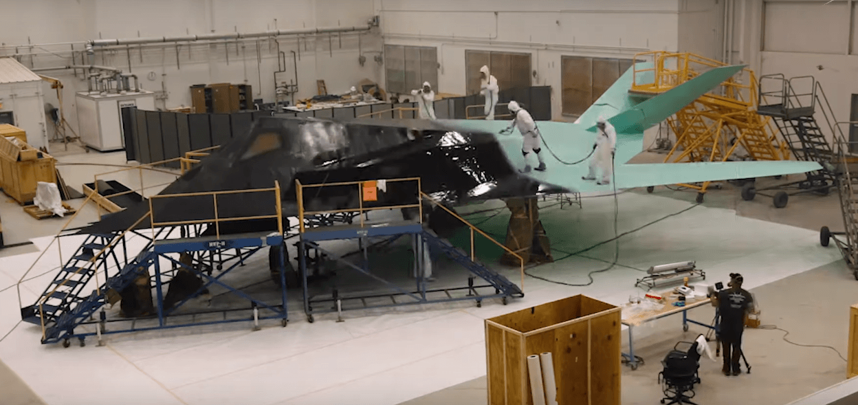Video Shows F-117 Nighthawk Getting Ready For Ronald Reagan Presidential Library & Museum
