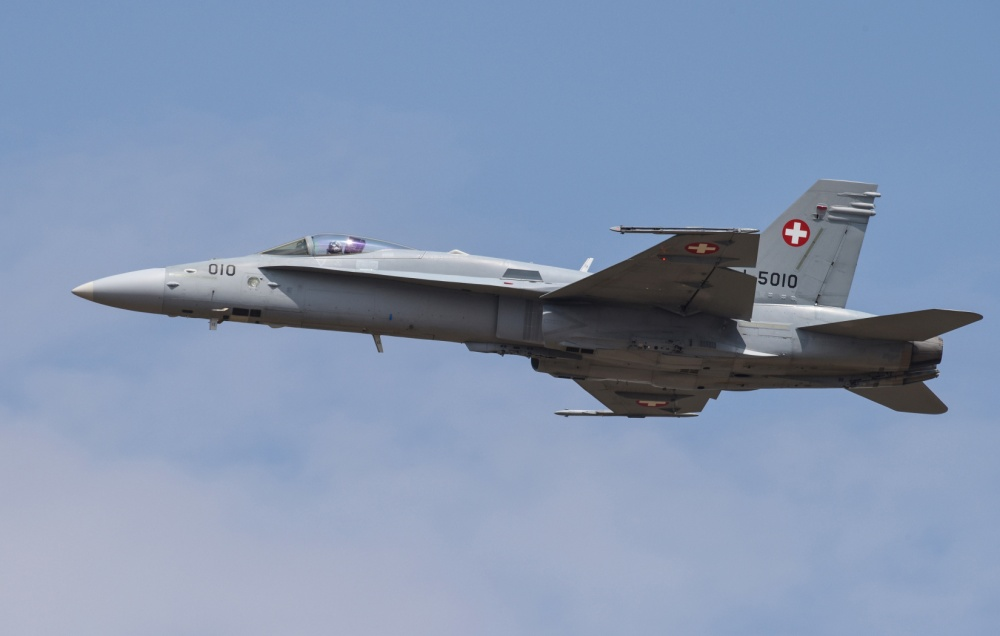 Swiss Voters Approve $6.5 Billion Purchase Plan Of New Fighter Jets