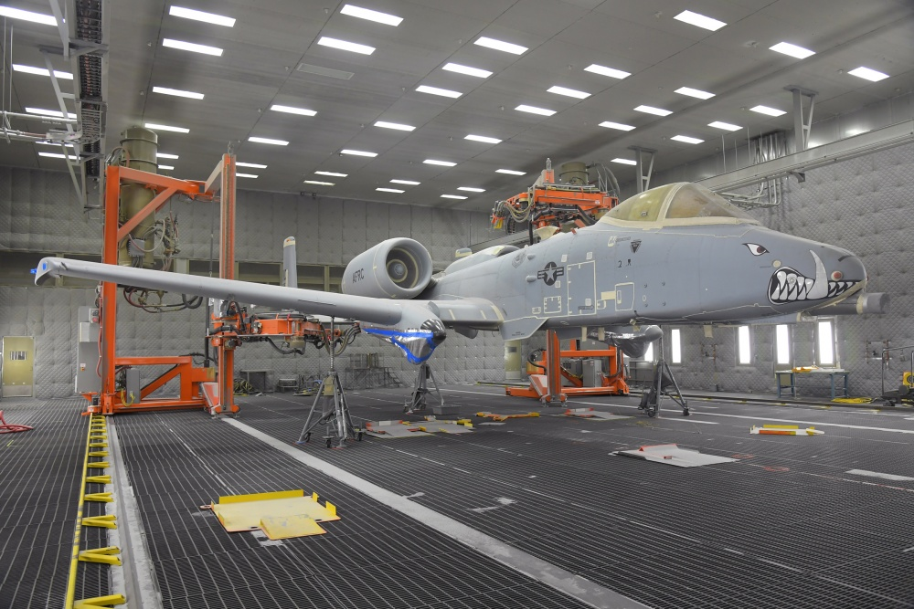U.S. Air Force Used Robots To Remove Paint From The A-10 Thunderbolt II