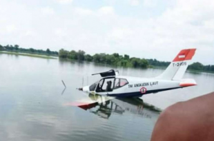Indonesian Navy Training Aircraft Made Emergency Landing In The Pond